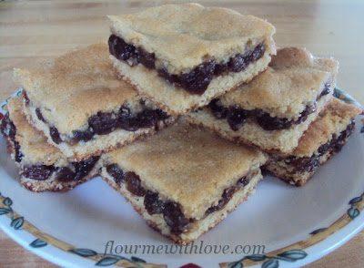 Raisin filled Cookie Bars