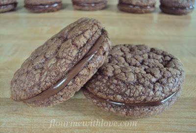 Nutella & Cream Sandwich Cookies