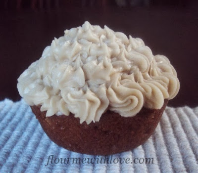 Apple(sauce) Spice Muffins with Penuche Frosting