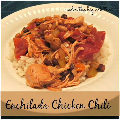 http://www.underthebigoaktree.com/2014/01/crock-pot-enchilada-chicken-chili.html