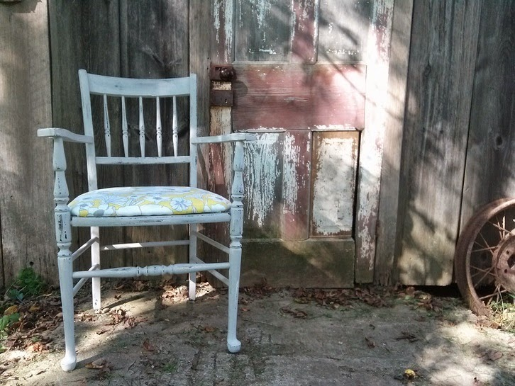 http://providencehill.weebly.com/project-blog/simple-upholstering-101