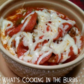 http://whatscookingintheburbs.blogspot.com/2014/11/slow-cooker-pizza-chili.html?m=1
