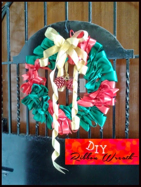 http://coolbreeze10.blogspot.in/2014/12/diy-christmas-ribbon-wreath.html