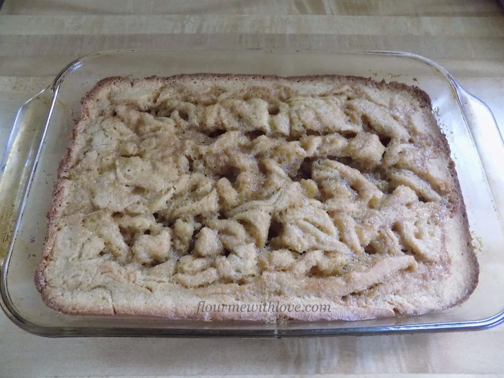 cinnamon-roll-cake-breakfast-cream-cheese-icing