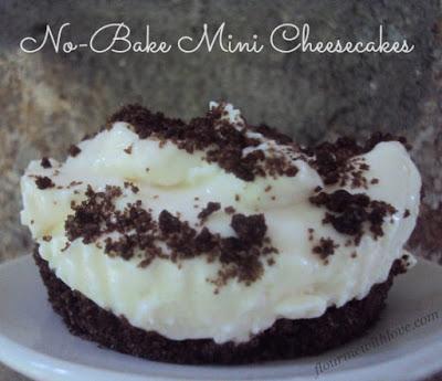 No-Bake Mini Greek Yogurt Cheesecakes