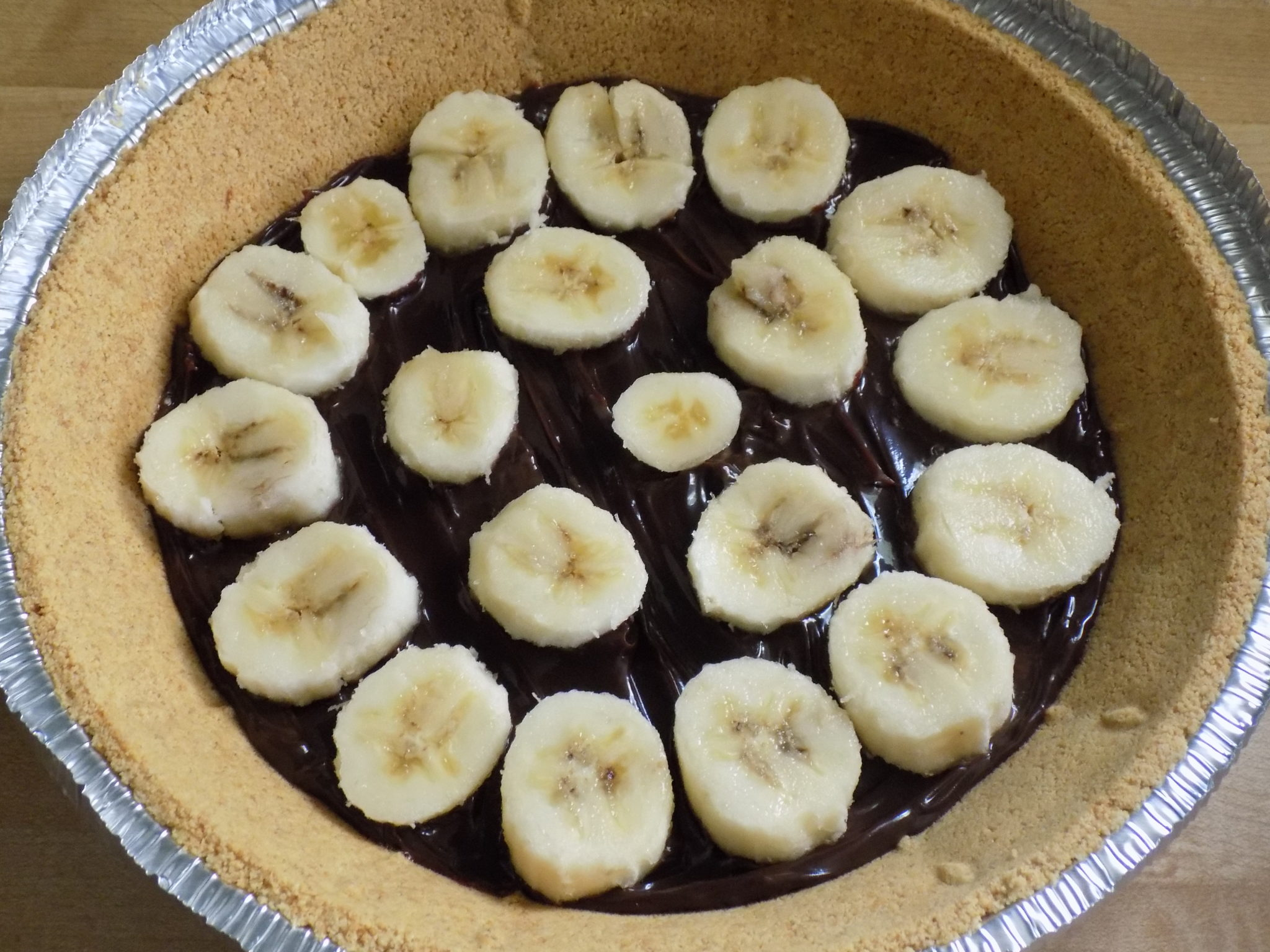 No-Bake Chocolate Fudge Banana Cream Pie