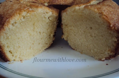 Delicious Cream Cheese Pound Cake
